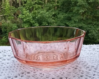 Ravier bowl art deco pink glass Dépression glass  1930s French retro