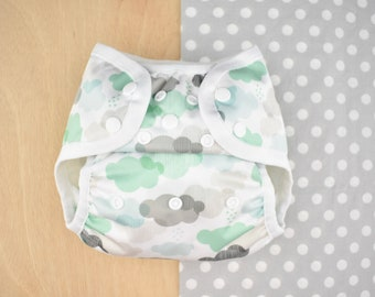 SHOWERS nelpe diaper cover, size two