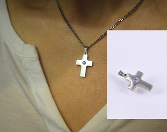 Pendant cross small with cubic zirconia blue