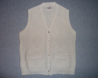 Grandmas Vintage 1970s 1980s 70s 80s Cream Sweater Vest w/ Pockets Button Up Tacky Gaudy Ugly Christmas Party X-Mas S Small M Medium
