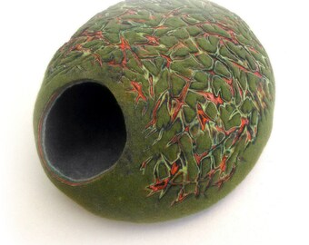 Cat bed/cat cave/cat house/Grin  felted cat cave with stylish decor/Exclusive cat house (WITH GIFT cat toy)