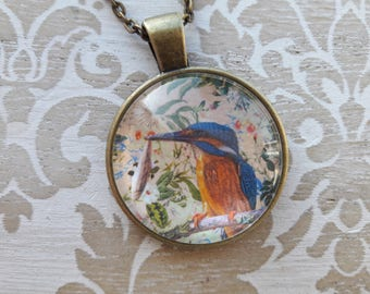 Kingfisher Pendant. Bird Necklace. Glass Pendant. Bird Necklaces for Women. Nature Lover Gift. Nature Necklace. Birthday Gift. Sister Gift
