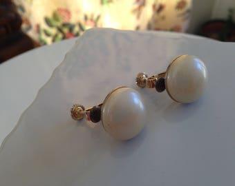 Vintage Pearl Button Earrings Mid-Century Pearl Earrings