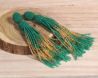 Emerald tassel earrings, Beaded earrings in Oscar de La Renta style, long tassel beaded stud earrings, oscar de la renta tassel earrings