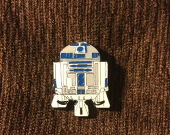 R2D2 hat pin