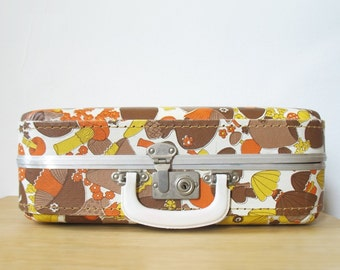 vintage 60s 70s retro mod MUSHROOM and FLOWERS hard-shell suitcase