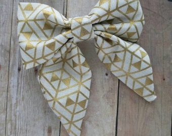 SALE! 30% OFF**Sailor Hair bow, Toddler hair bow, Baby hair bow, Teen hair bow, Girl Hair bow- metallic gold triangles