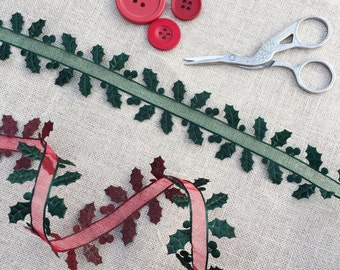 Holly Ribbon with Red or Green sheer centre. Christmas Ribbon. Holiday Ribbon. Holly leaf ribbon - christmas crafts
