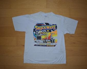 Vintage Tshirt Semi Truck graphic tee