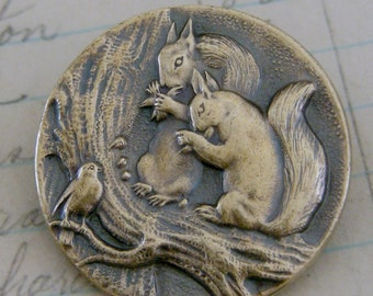 Vintage Jewelry - Vintage Brooch - Squirrel Brooch - Squirrel Jewelry - Brass Jewelry - Woodland jewelry - Chloes Vintage - handmade jewelry