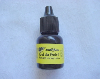 Bottle UV Resin Sunlight Curing Epoxy Gel du Soleil by Judikins 5/16 FL OZ. Great For Jewelry Trays With No Mixing