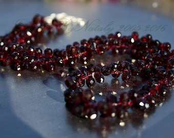 """Natural GARNET 18"""" long Necklace Faceted Briolette Drop Beads Dark Gothic Red 220ct weight , 0 shipping Worldwide"""