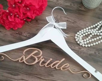 Elegant wedding hanger; personalised coat hanger; Bride coat hanger; personalised hanger; glamourous wedding hanger; bride gift;bride hanger