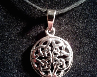 Sterling Silver Celtic Knot Charm #857