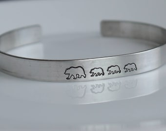 Mama and baby bears cuff bracelet - hand stamped - mom bracelet - teacher bracelet - caregiver bracelet