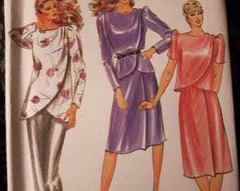 Butterick 3513, Top, Tunic, and Skirt Sewing Pattern