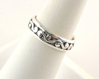 Size 8 Sterling Silver Textured Band Ring