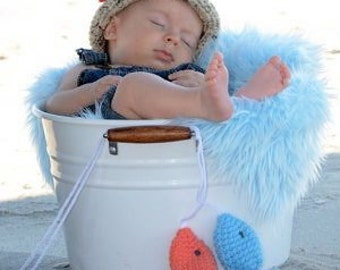 Crochet newborn 0-3 month baby fishing fisherman hat with fish boy or girl great photography photo prop