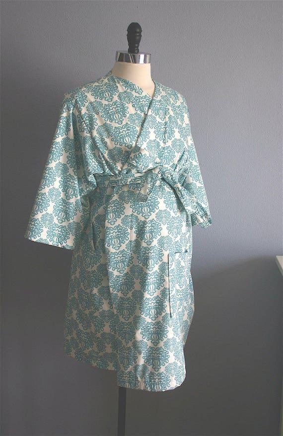 Maternity Robe. Hospital Robe. Hospital Gown. Nursing Robe.