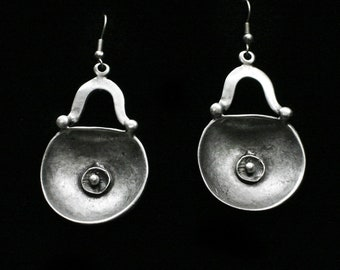 Antique Silver Plated Pewter Jewelry Earrings KU160
