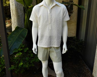 Vintage 1970's Ecru & White Embroidered Pullover Shirt - Size Small