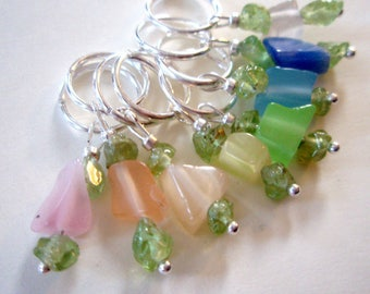 8 KNITTING Stitch Markers - Cats Eye Glass and Peridot Chip Silver Knitting Markers - Beachy Notions for Knitters and Fiber Artists