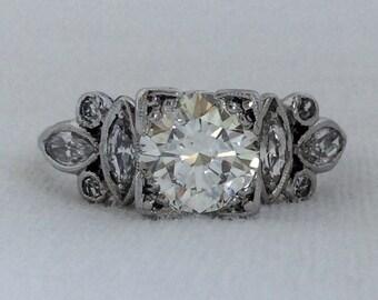 Art Deco 1.55 carats Vintage Diamond Engagement Platinum Ring