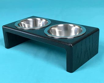 Elevated Cat Feeder With Two Stainless Steel 1/2 Pint Bowls