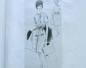 1960s Button Front Dress with Sash Pattern
