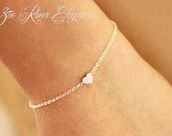 Tiny rose gold or silver or gold heart bracelet. Elegant, dainty, bridesmaid bracelet, bridesmaid gift