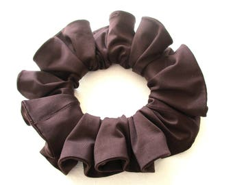 brown jersey scrunchie for long hair, slip jersey gym accessory for women girl, handmade gift for her, large scrunchy, 80s 90s disco