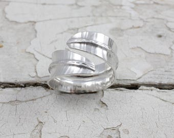 Leaf Ring in Sterling Silver, Fold Formed Ring, Handmade Ring, Foldformed, Leaf Ring, Hammered Texture, Nature Jewellery  ***UK FREEPOST***