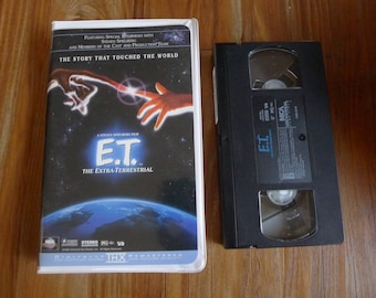 E.T. The Extra Terrestrial VHS w/ Clamshell Case