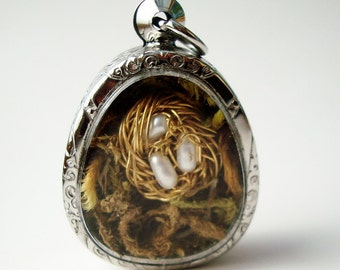 Terrarium Necklace,Where Life Begins, Gift for Mom, Mini Nest Locket Necklace with Pearls, Quote Locket LK37 Wire