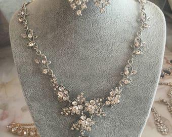 Diamante Flower and Leaf jewellery Set