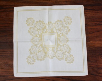 Linen Damask Napkins Set of 8 Bone and Gold Chrysanthemums 16.5 Inch