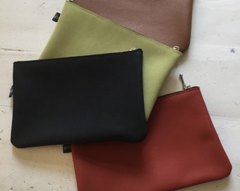 Leather pouch/make-up pouch
