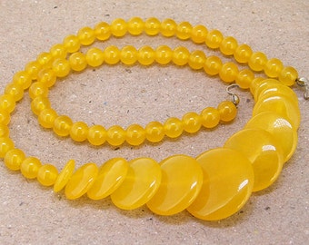 "Full Strand Coin  Yellow Jade Beads ----- 6mm-20mm ----- about 60Pieces ----- gemstone beads--- 15"" in length"