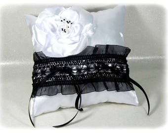 Black and white wedding ring bearer pillow