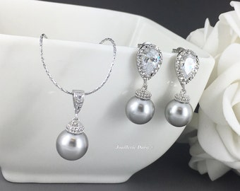 Bridesmaid Gift Gray Jewelry Set Swarovski Jewelry Pearl Necklace Earring Bridesmaid Jewelry Maid of Honor Jewelry Gift for Moms