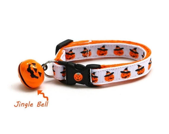 Halloween Cat Collar - Jack-O-Lanterns in Witch Hats on White- Kitten or Large Size