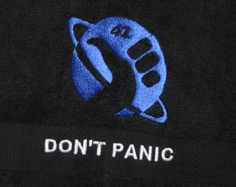 Hitchikers Guide To The Galaxy Towel Don't Panic 42 Memorbilia