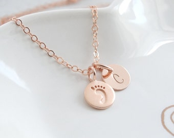 New baby gift New mom Gift necklace Baby Footprint Necklace personalized Baby Gift Rose Gold Necklace Mothers Necklace Foot print necklace