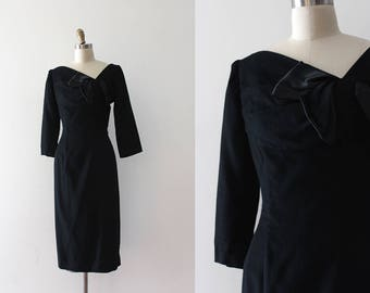 vintage 1950s dress // 50s 60s black wool bombshell vixen dress