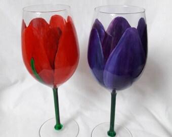 Handpainted pair of  tulips wine glasses.