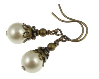 Bridesmaid Jewelry Pearl Earrings Wedding Jewelry Custom Cream Pearl Jewelry Antique Brass Vintage Style Vintage Inspired Delicate Dainty