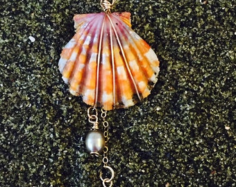 Sunrise Shell Necklace, Pearls, Gold Plated