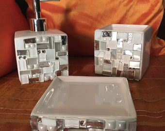 Bathroom Set: Soap dish, toothbrush holder and liquid soap dispenser. Bath set. Soap Dispenser
