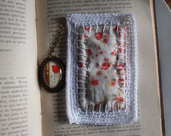Bookmarks made of cotton with poppy pendant