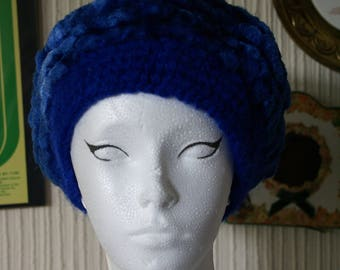 Vintage 60's Blue Shimmery Knitted Wool Beret Retro Hat